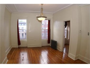 186 Van Buren Street