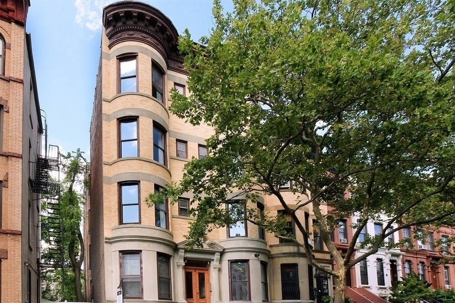 397 1st Street