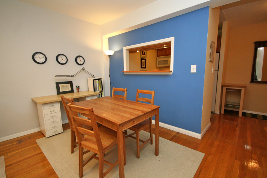 Bright One Bedroom on Park Terrace East