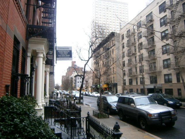 REAL 1 BEROOM*IMMACULATE Building*BEST DEAL IN THE UES