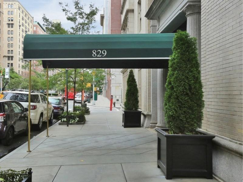 829 Park Avenue #5D