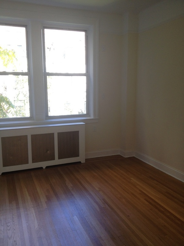 Brand New 2/BR 2 Bath * Elevator/Doorman/ Laundry/Location! /LOCATION!