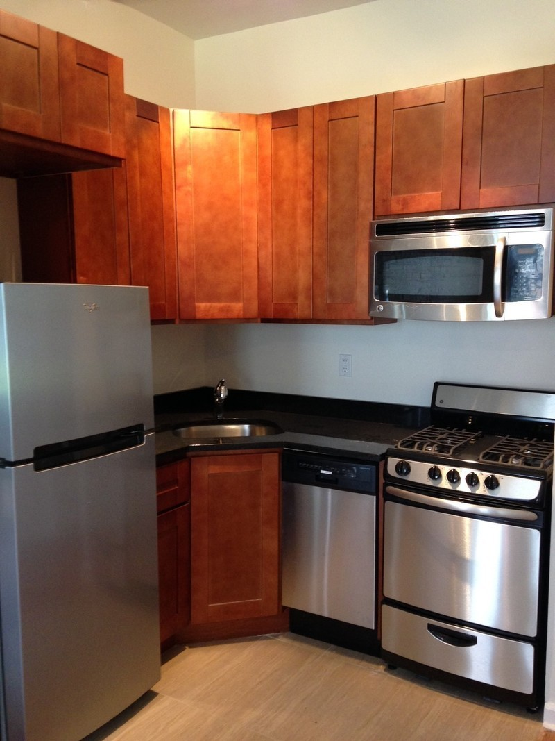 224 East 18th Street #3A