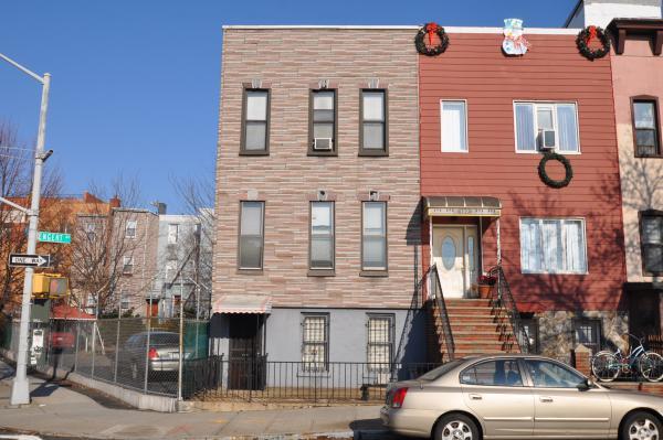 125 Engert Avenue