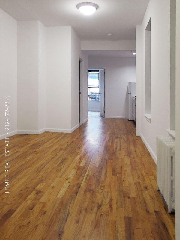 No fee, large, sunny 1 bedroom, Jones St off W 4th St, prime West Village location near NYU, 1,A,B,C,D,E,F,M trains