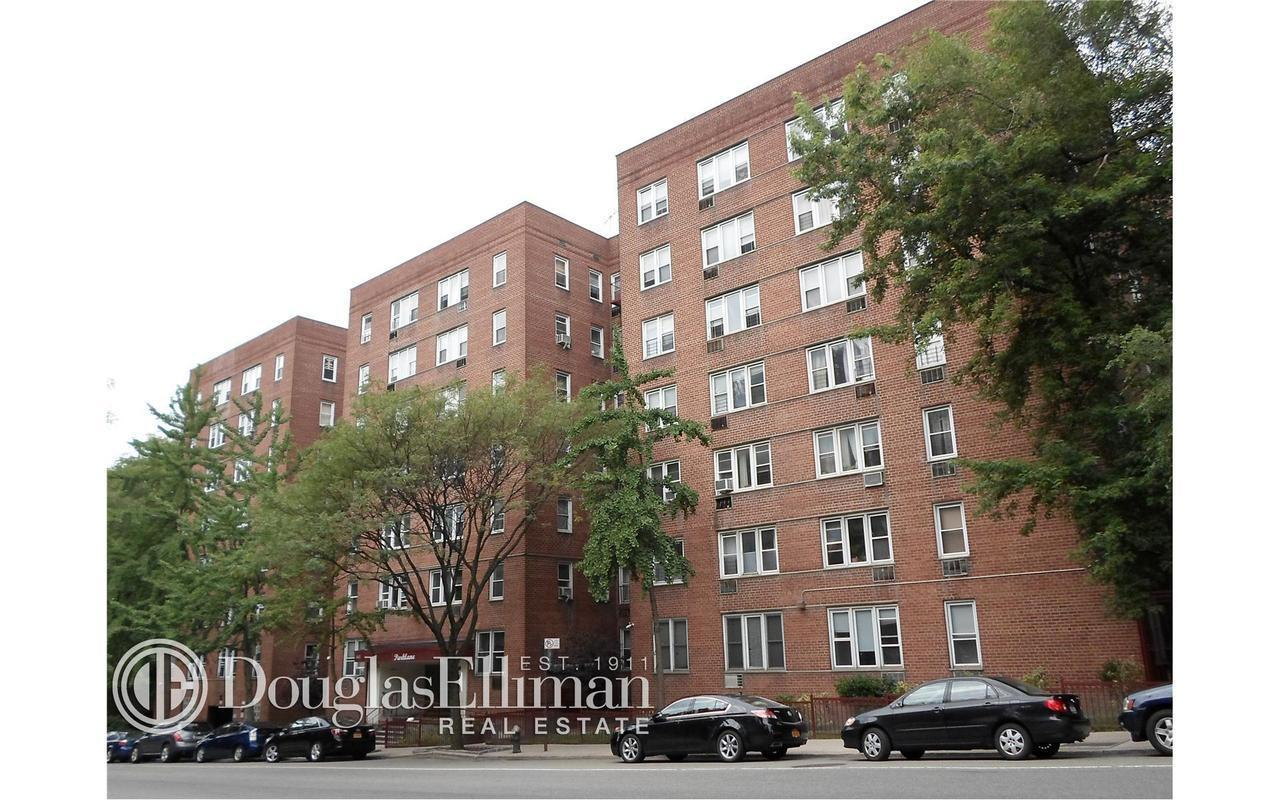 3 Bedroom Apartment For Rent Bronx Ny on co op city bronx apartments