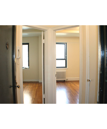 11 Waverly Place #6F
