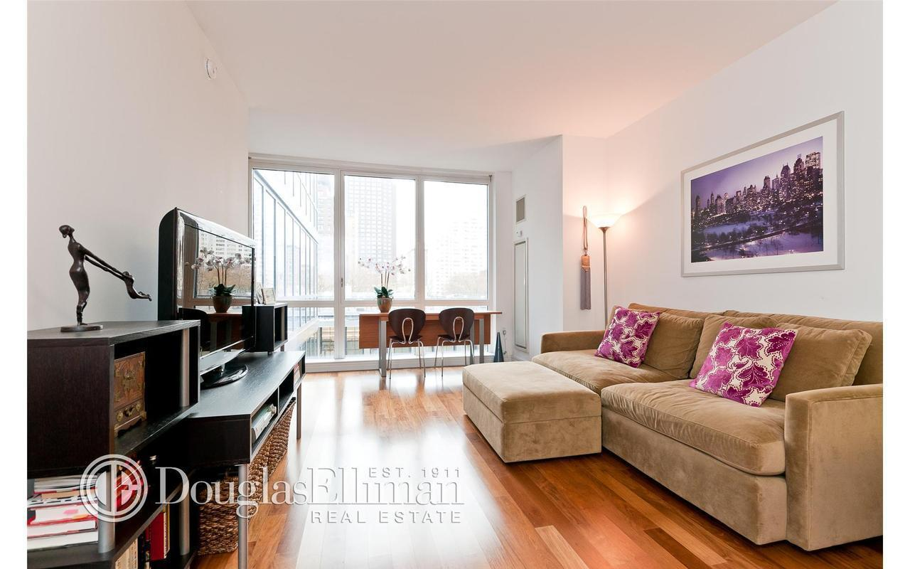 200 West End Avenue #6N