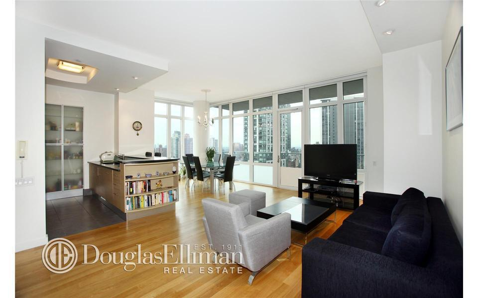 325 Fifth Avenue #32F