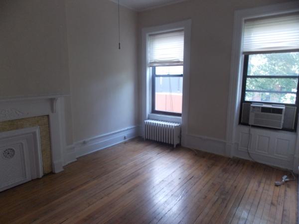 24 West 89th Street