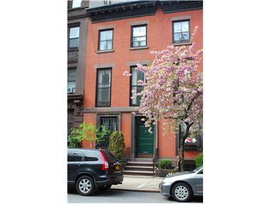 156 East 82nd Street
