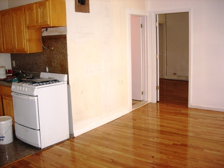large one bedroom/renovated/low fee/asap