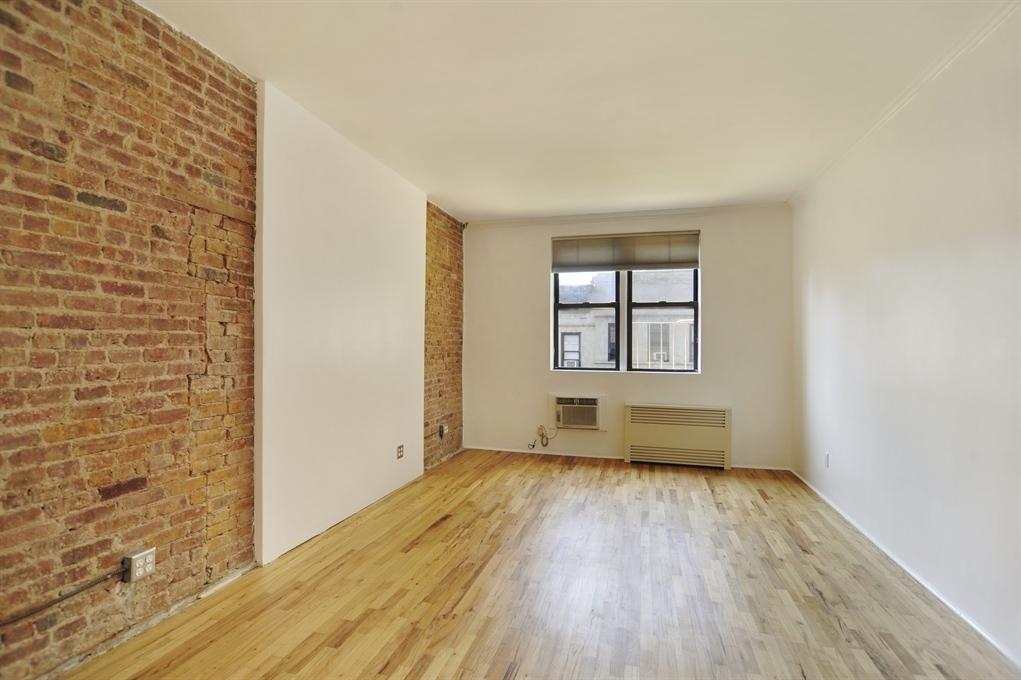 205 East 89th Street #5B