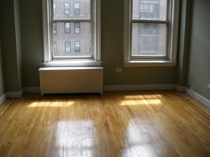 NEWLY RENOVATED 1BED PRIME LOCATION 3RD ave & 35TH st - Attended LOBBY