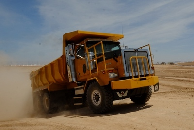 Making Dust in a Western Star | Today's TruckingToday's Trucking