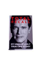 ARNOLD SCHWARZENEGGER TOTAL RECALL BOOK