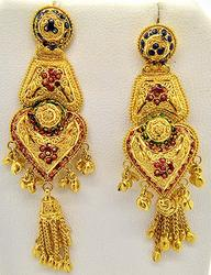 Magnificently crafted 22kt gold gemstone earrings