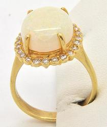 LADIES 14KT YELLOW GOLD LADIES OPAL AND DIAMOND RING