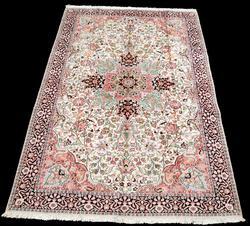 Handmade Silk Highlights Kashan Rug