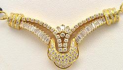 Gorgeous Design Vintage 22Kt Gold Necklace