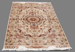 Stunning Persian Handmade Tabriz Rug w/ Silk Highlight