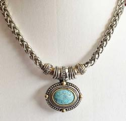Stunning, Southwest Style, Faux Turquoise & Silver Tone Necklace