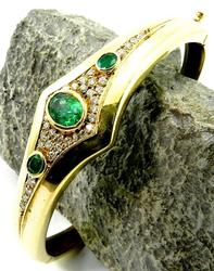 Superb Emerald & Diamond Bangle Bracelet