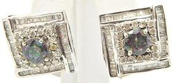 LADIES 14 KT WHITE GOLD DIAMOND EARRINGS.