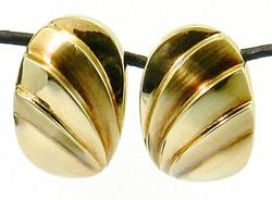 Omega Design 14kt Gold Clip Earrings