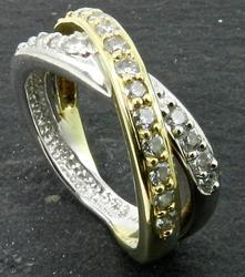 Bicolor diamond band