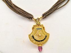 Heavy 22kt Gold Black & White Enamel Jewelry Set