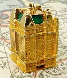 Plaza Hotel Charm in 14kt Gold