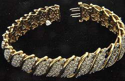 Impressive 5ctw Diamond Bracelet in 10kt Gold
