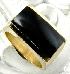 Heavy Gents 14kt Gold Ring With Black Onyx