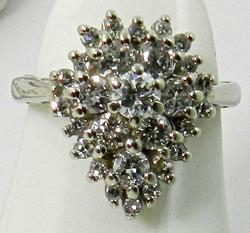 Attractive Pear Shaped Diamond Cluster