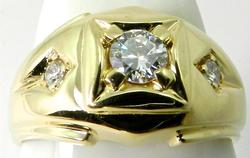 Gents Traditional Design Diamond Ring in 14kt Gold