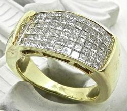 Phenomenal Flashy 14k Diamond Ring
