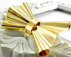 Fancy Bow Style 18KT Gold Omega Slide Pendant