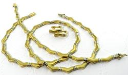 Beautifully Designed & Crafted 14kt Gold Jewelry Set