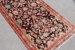Highly Detailed Handmade Persian Sarouk Runner 5x11