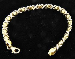 XOXO Design Ladies 14kt Gold Bracelet