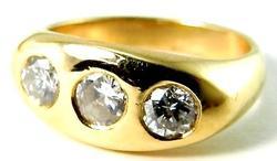 Classic 3-Stone Diamond Gold Ring