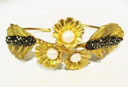 Adorable Floral Gold Plated Artisan Design Bracelet