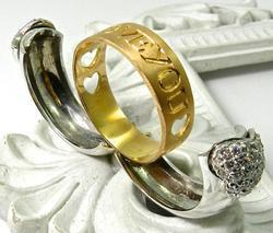 Opening Love Design Very Unique Diamond Ring