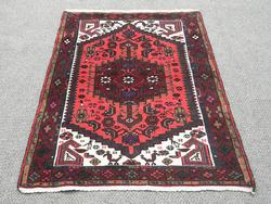 Nicely Contrasted Handmade Persian Hamadan 4.11X3.2