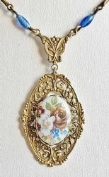 Victorian Style, Floral on Filigree Gold Tone, Lovely Necklace