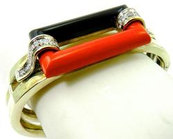 Art deco original Vintage Coral Bangle Bracelet