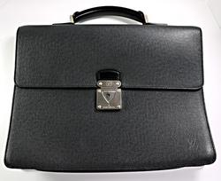 Gents Louis Vuitton Robusto Briefcase