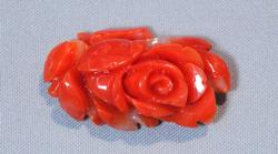 Hand-carved coral single rose 4.51 grams