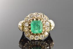 Victorian 18K Gold and Emerald Diamond Ring